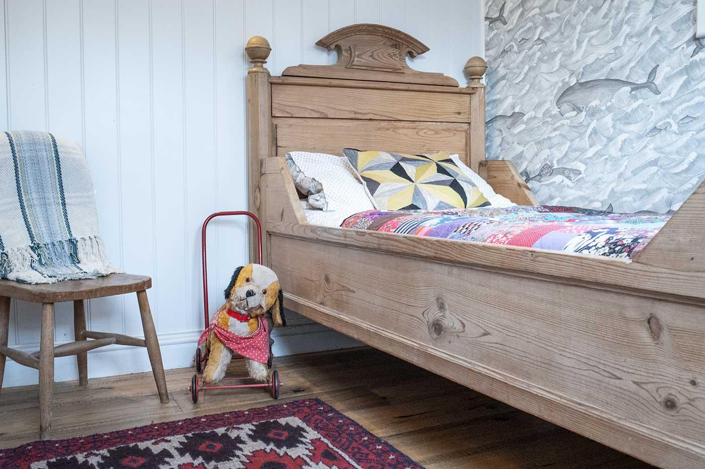 ragnarr-childs-bed